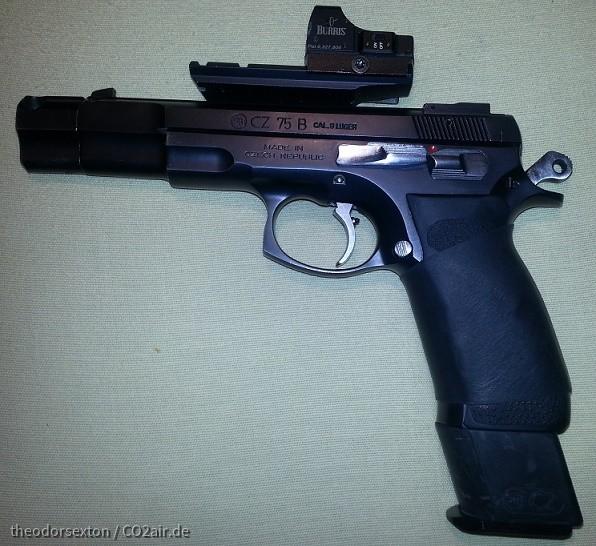 CZ mit Griffmontage und Burris Fastfire - polierte Bedienelemente - 20 Schuss-Magazin