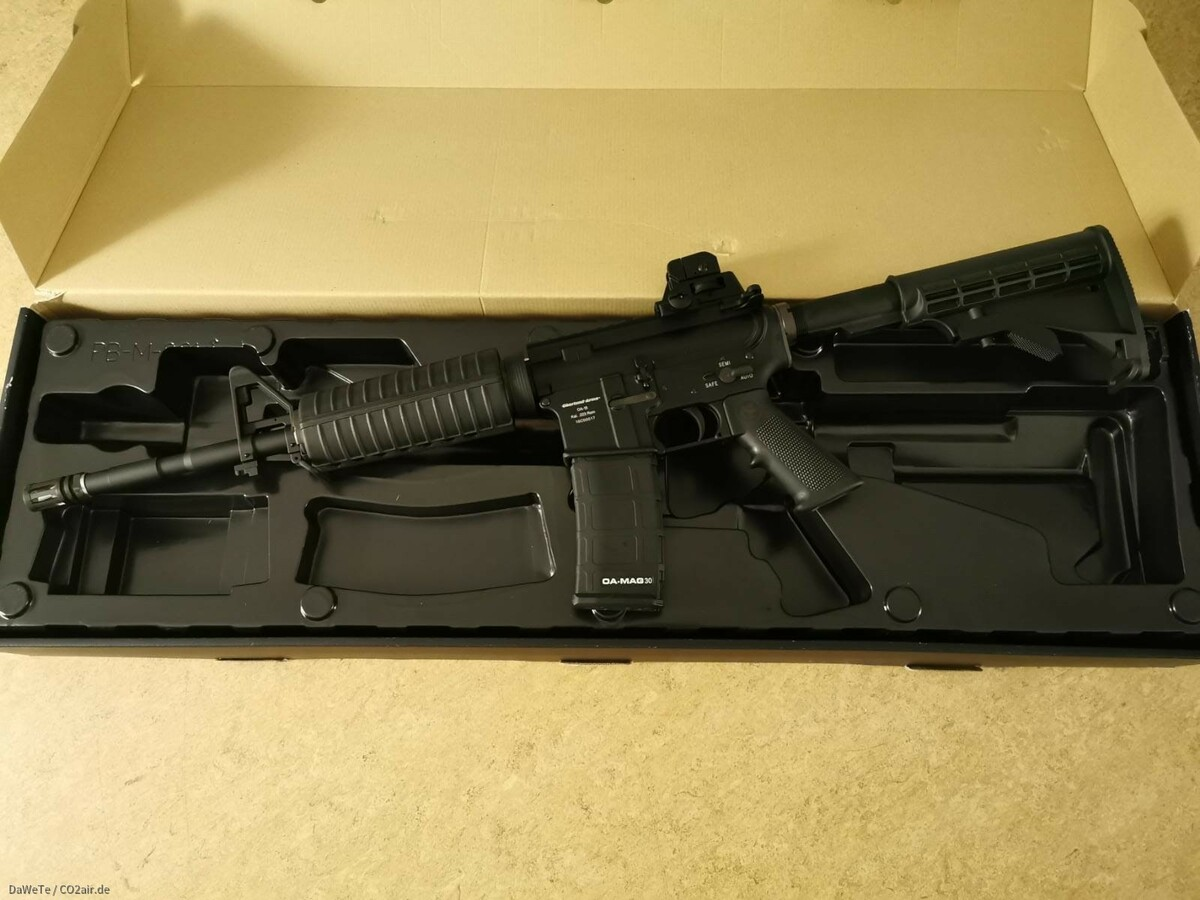 Oberland Arms OA 15 M4 GBB