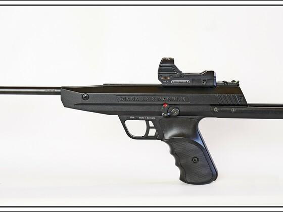 Diana LP 8 Magnum Tactical, cal.177, Anschlagschaft, Walther Reflexvisier Competition II