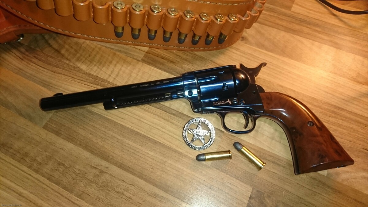 Colt Single Action Army blue finish