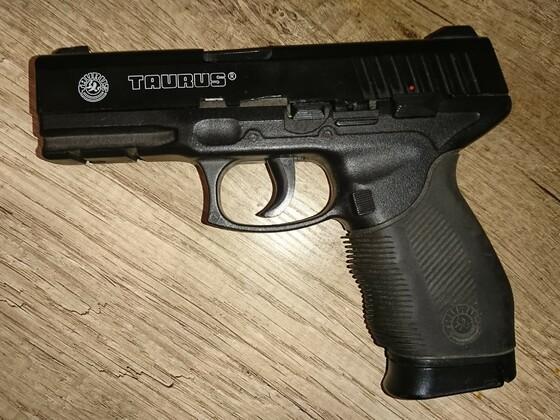 Einer der damals besten 14er Softair Pistolen
