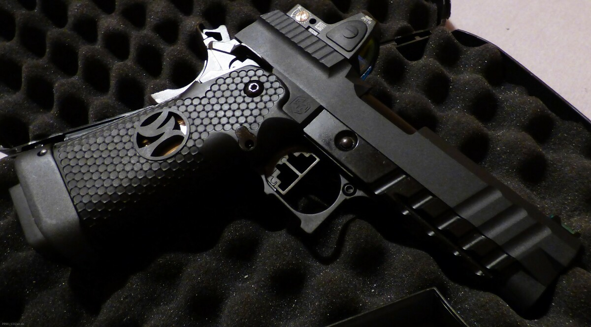 AW Custom HX 2602