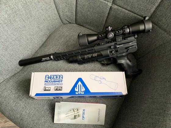 Neues Pistolen ZF für die HW44 ein UTG 2-7x32