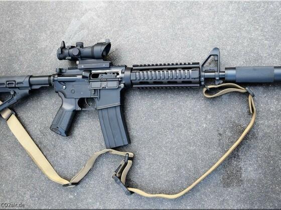 Defense Forces M4 BB 4,5mm Carbine Vollmetall mit ACOG