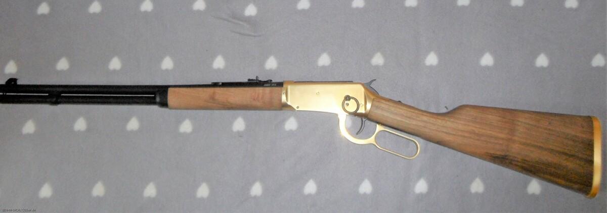 meine CLA (Cowboy Lever Action) mit Holz Schaft
