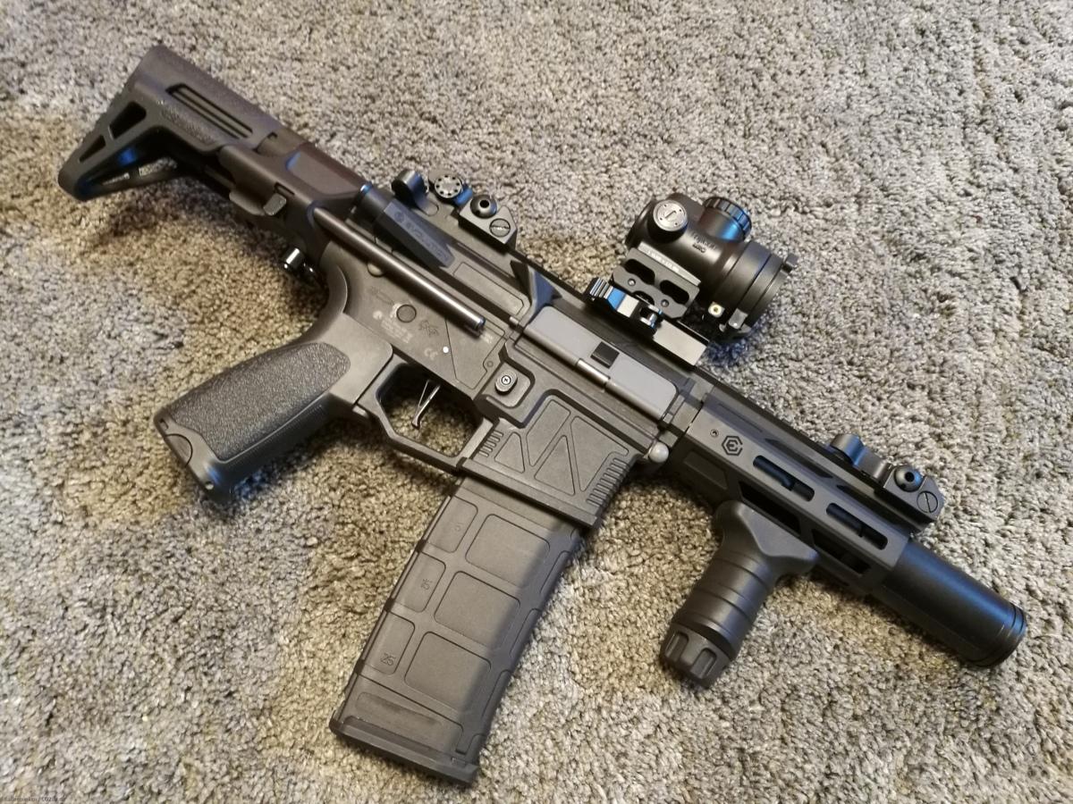 Evolution M4 Ghost XS EMR PDW Carbontech ETU-Mosfet AEG 6mm BB & Tracer