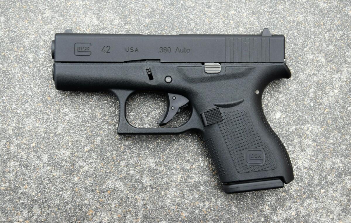 Umarex VFC Glock 42 GBB 6mm BB Airsoft Baby-Glöckchen USA .380 AUTO