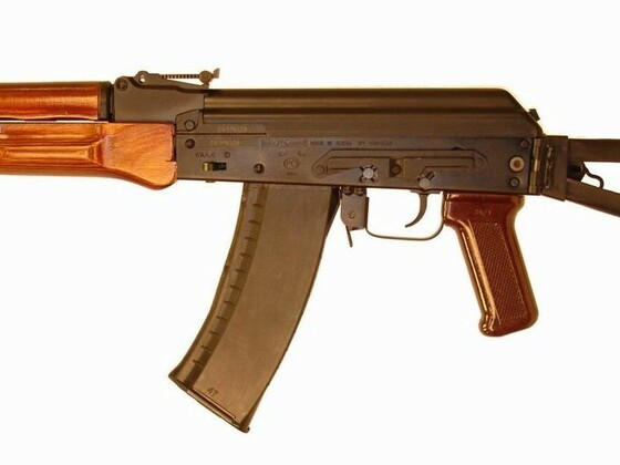 AK105_YUNKER-5_OMON_002