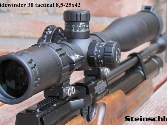 HW100 mit Hawke Sidewinder 30 tactical 8,5-25x42