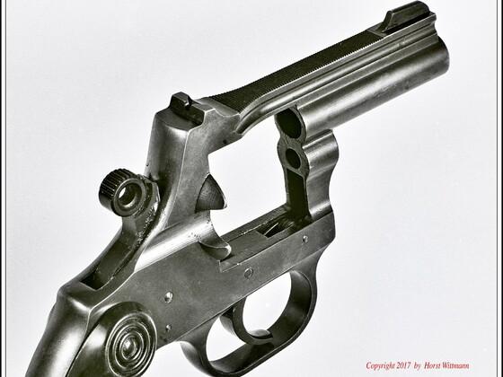 Korth Revolver 9mm R.K.   Rahmen