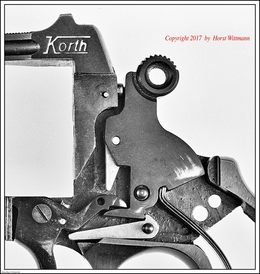 Korth Revolver  9mm R.K.  Schlagstück in der Sicherheitsrast