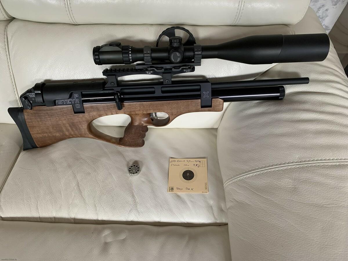 Steyr Pro X in 4,5mm mit Schussbild auf 10m