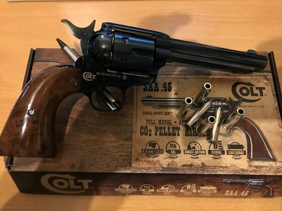 Colt SAA Blued