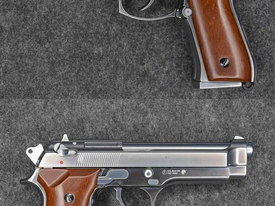 Beretta 92 chrom GBB von KLI (SRC) mit Holzgriffschalen