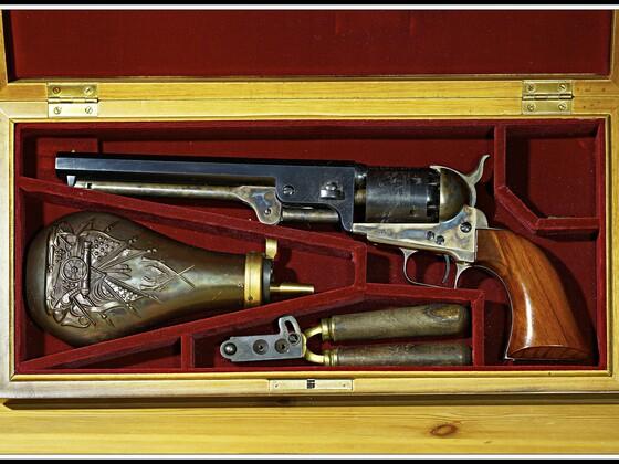 Colt Navy 1851  (1)