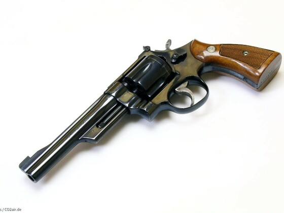 Smith&Wesson Model 27-2, 3