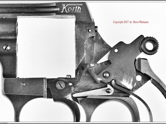 Korth Revolver  9mm R.K.   Gespanntes Schlagstück, SA-Modus