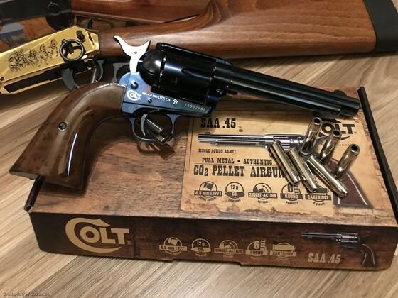 WLA und der Colt SAA im Rampenlicht :-)