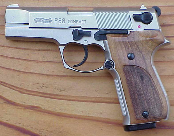 Pistole 9mm: Walther P88 compact Pistole 9mm: Walther P88 compact
