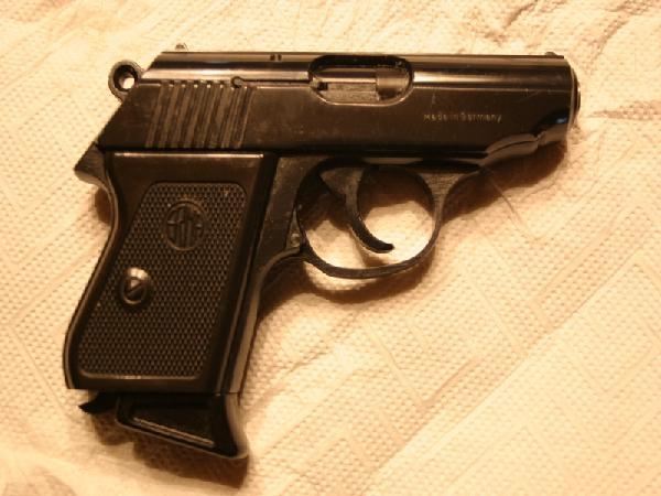 Pistole 8mm: erma egp 55